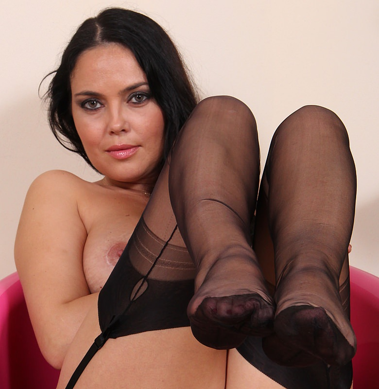 Hot Pantyhose Pics Nylon 11
